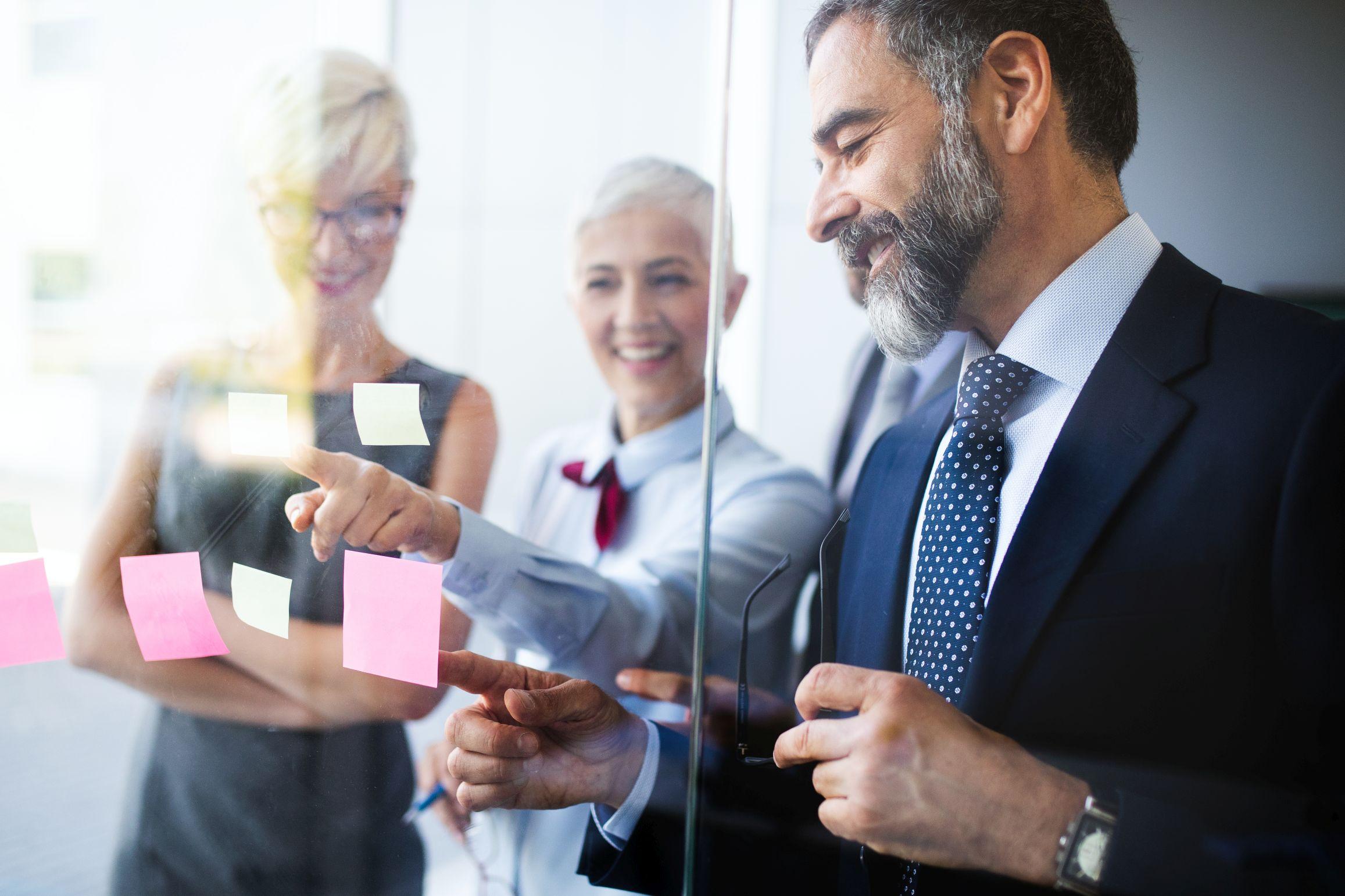 Jak nadać firmie spójny wizerunek i dlaczego warto to zrobić?