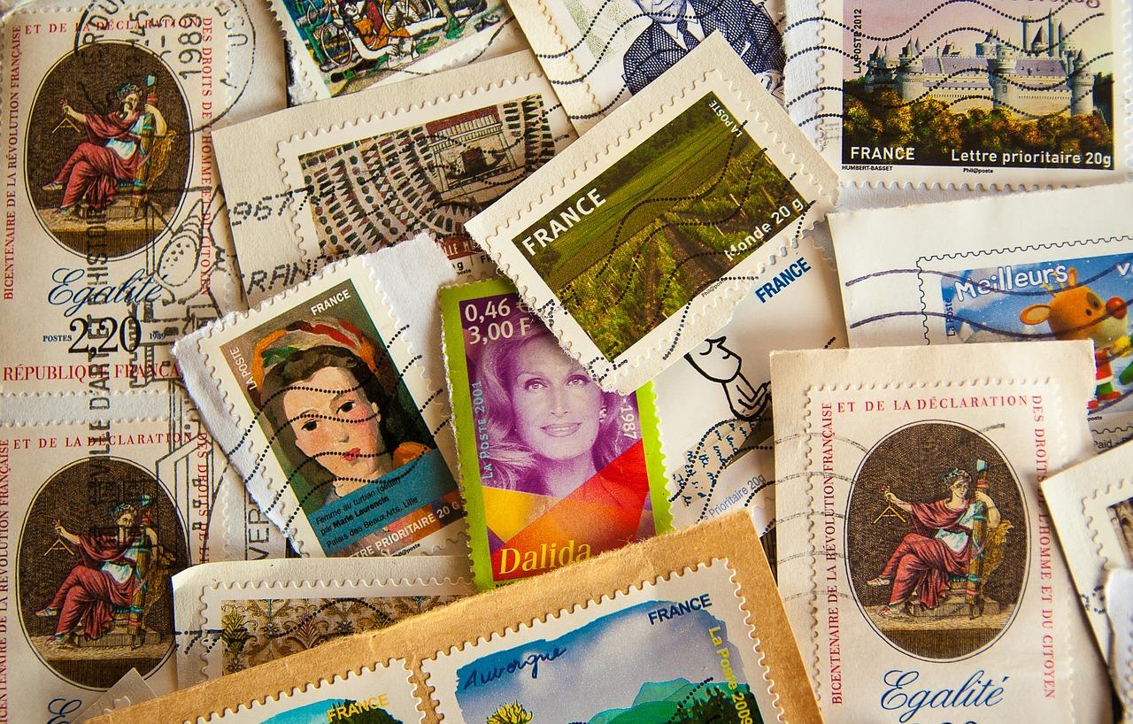Jak określa się wartość kolekcjonerskich znaczków pocztowych?