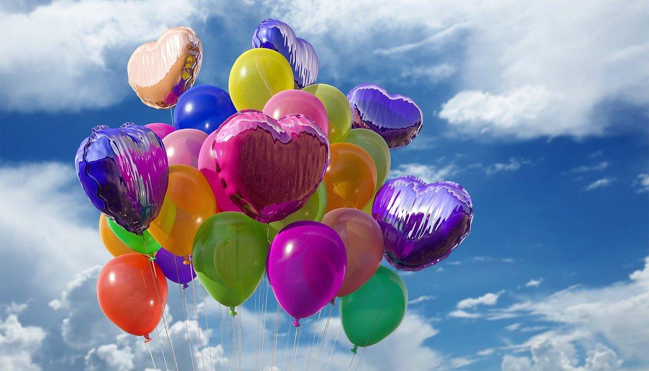 W jaki sposób wykorzystać balony na imprezach okolicznościowych?