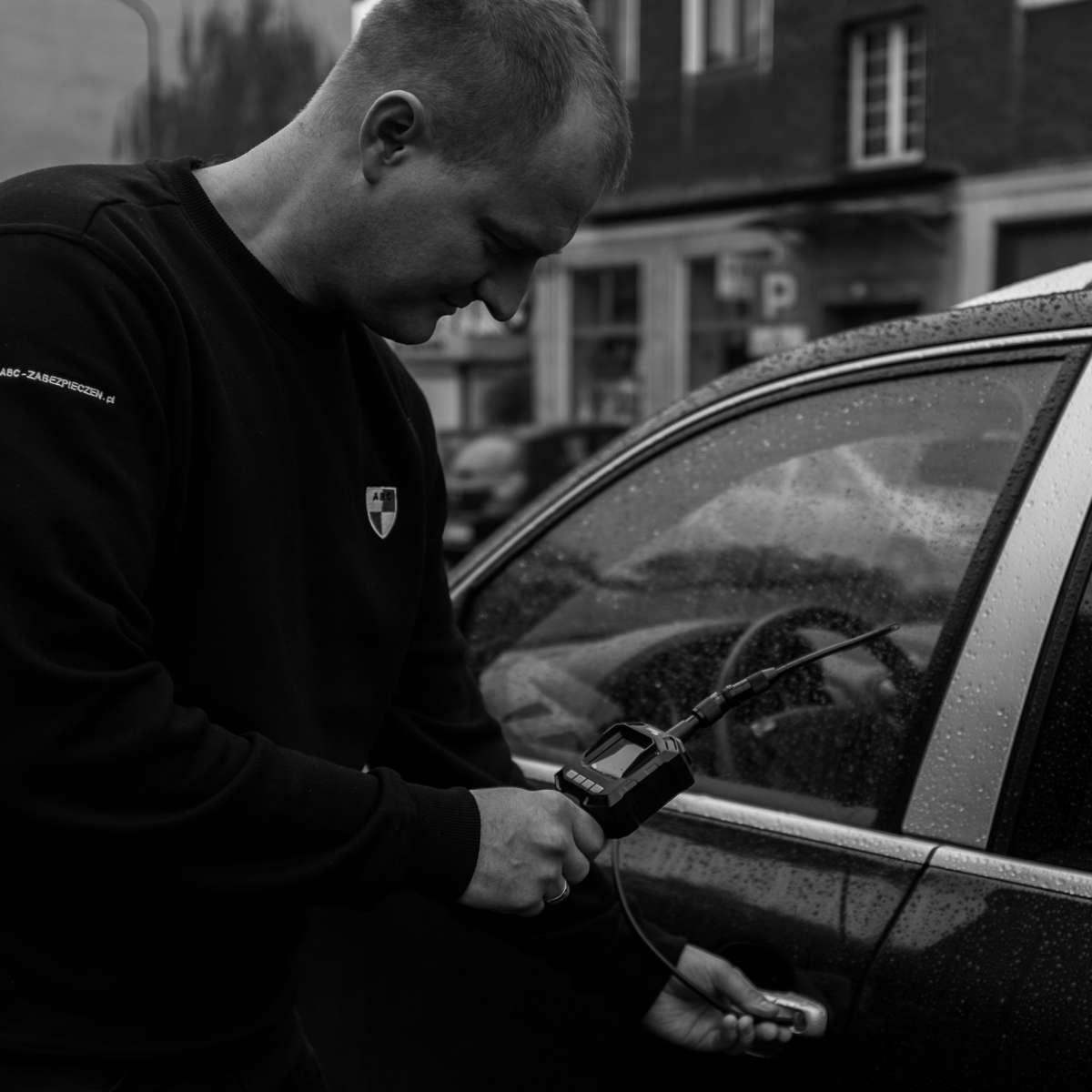 Zgubiony klucz od auta, co robić?
